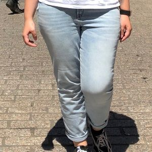OLD NAVY POWER STRAIGHT HIGH RISE JEANS